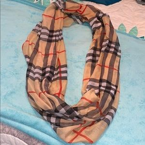 Accessories - Infinity scarf, like new!